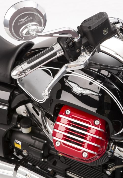 PAINTED CYLINDER HEAD COVERS - GLOSSY RED MOTO GUZZI
